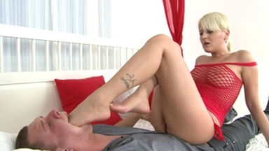 Feet Extreme / Deep Feet Boys- By Antynia Larouge And Her Slave Gary Corona