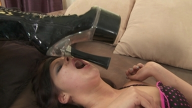 Faceslapping -By Domina Nomi Melone And Her Slave Little Julie