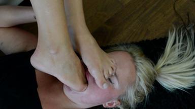 Feet Domination / Deep Feet - Swallow My Feet Bitch  - Domina Nia Black