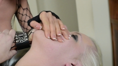 Smother extreme / Handsmother -By Domina Lia And Her Slave Carol